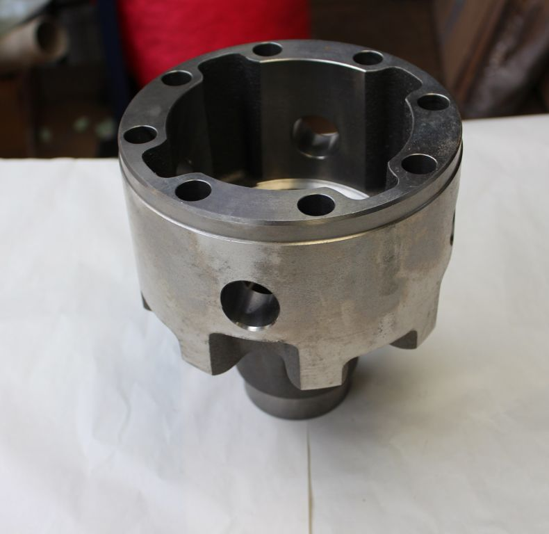 NEW OLD STOCK MERCEDES DIFF CASING