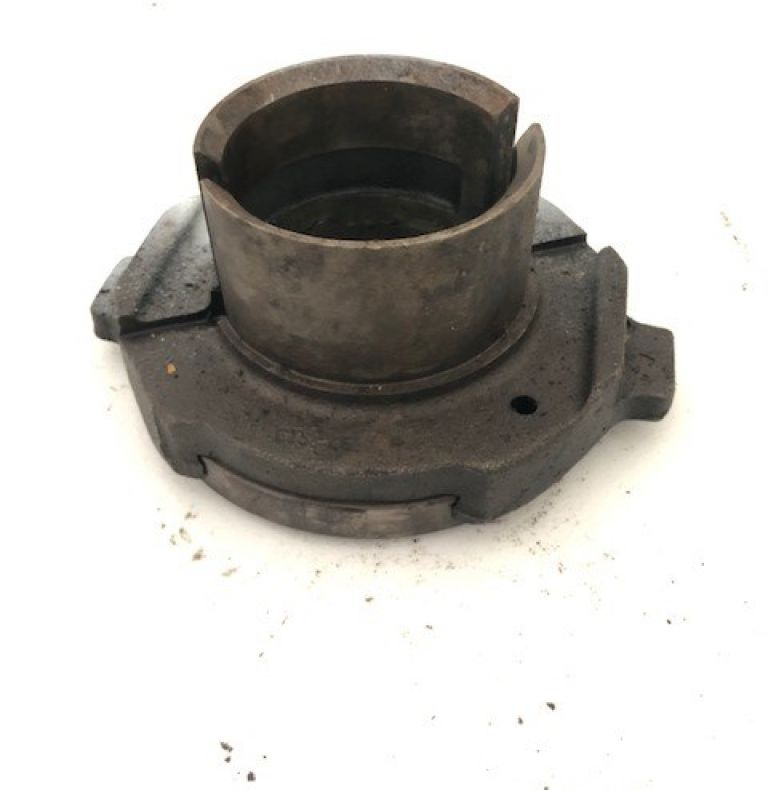 USED MB TRAC CLUTCH RELEASE BEARING