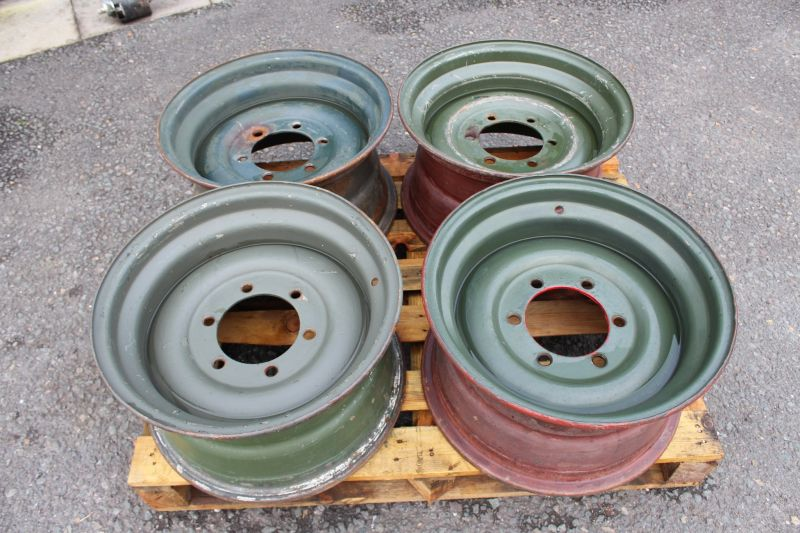 EX-MILITARY WIDE TRACK 11X20 WHEEL RIMS