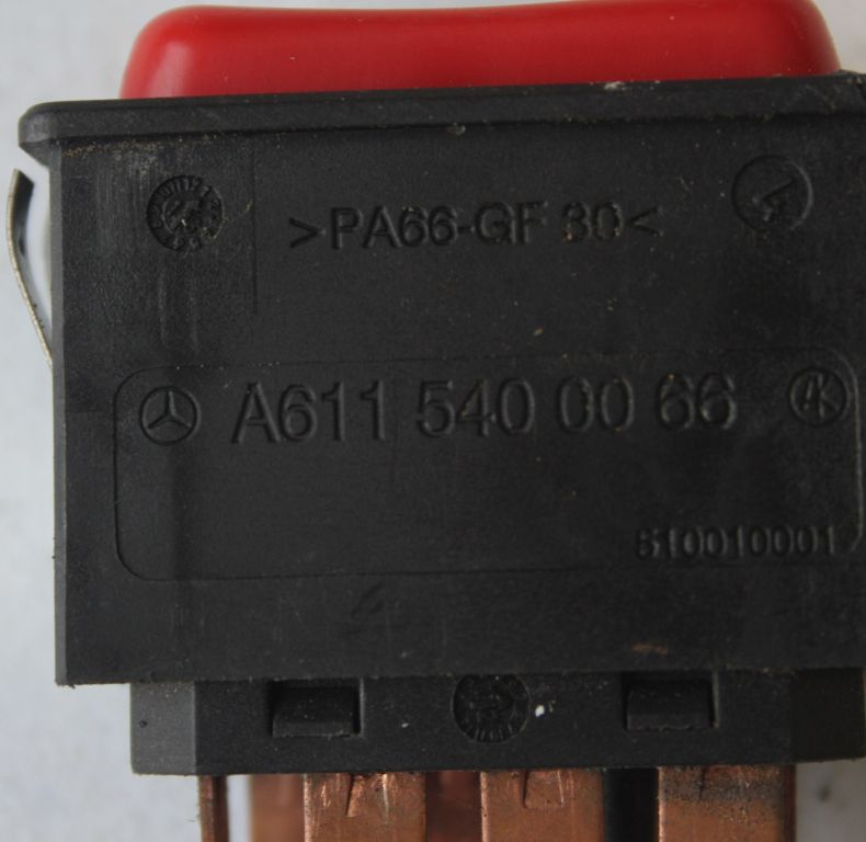 USED UHN/UGN HAZARD LIGHT SWITCH