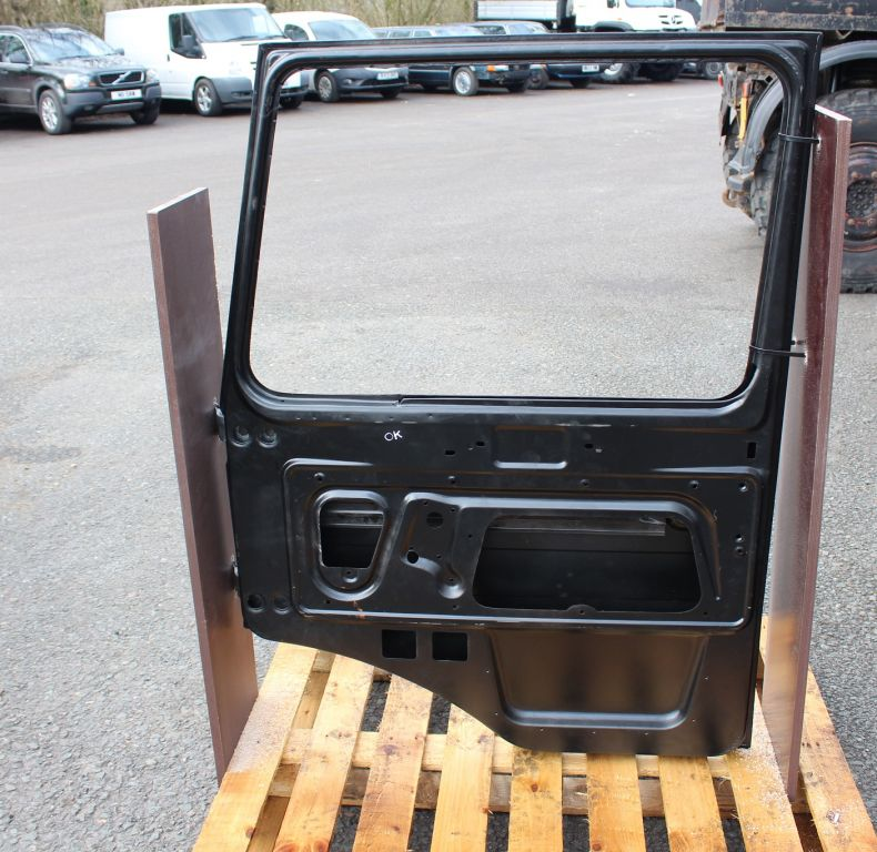 New doors to suit all square cab unimog models