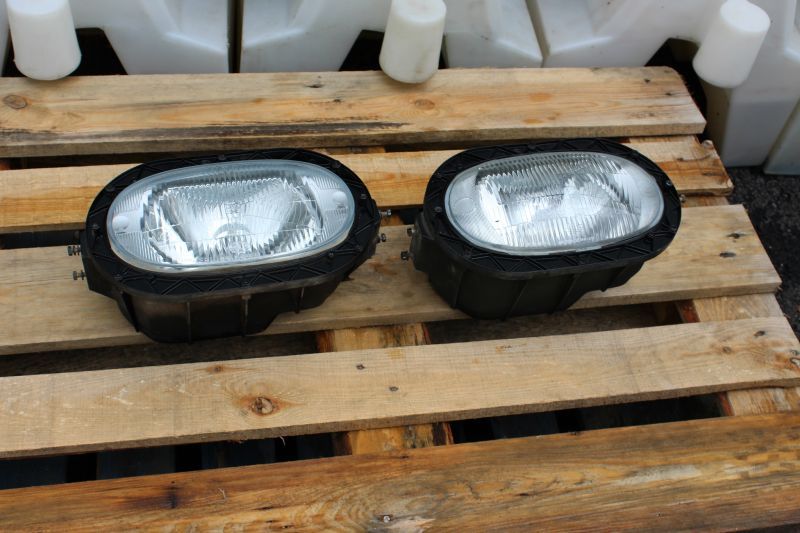 Used Headlights to suit U1300L