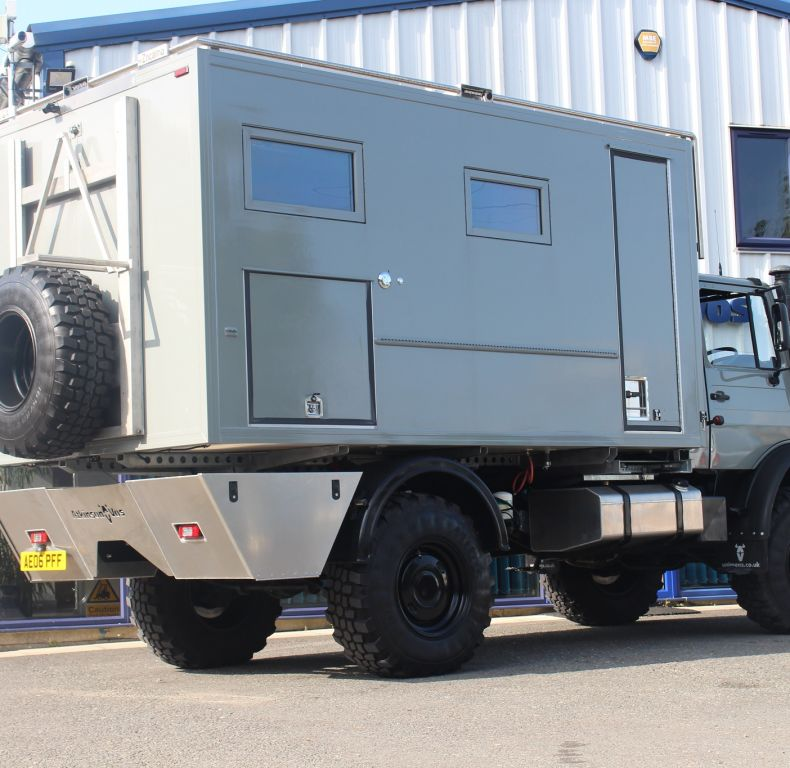 U4000 LUXURY EXPEDITION TRUCK